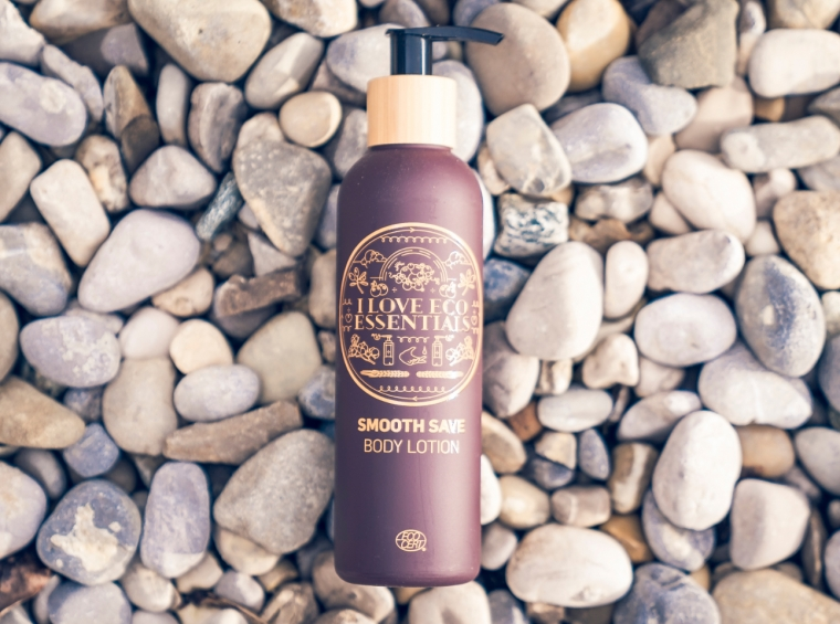 """Soulmade """"Smooth Save"""" Body Lotion - Ecocert Organic"""